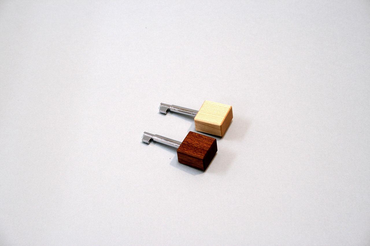 鍵 オリジナル