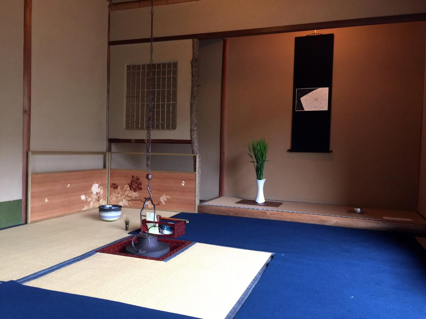 お茶会初参加! 初めての「木象嵌入り風炉先屏風」デビューです!