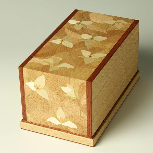 エンレイソウ 小箱